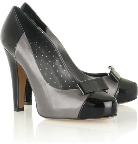 Moschino Cheap and Chic Bow-detailed leather pumps