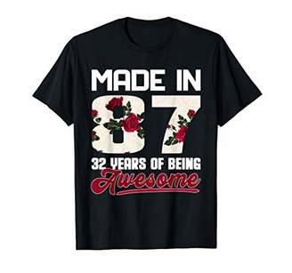 32 Years Old Clothes Women Born in 1987 32nd Birthday T-Shirt