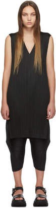Pleats Please Issey Miyake Black V-Neck Dress