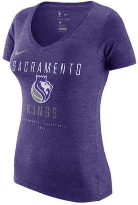 Nike Women's Sacramento Kings Dri V-Neck T-Shirt