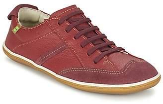 El Naturalista EL VIAJERO GOKO women's Shoes (Trainers) in Red