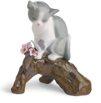 Lladro Blossoms For The Kitten Figurine