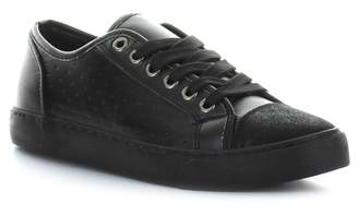Seven7 Super7 Fashion Sneaker