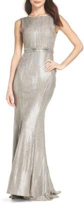 Mac Duggal IEENA FOR V-Back Mermaid Gown