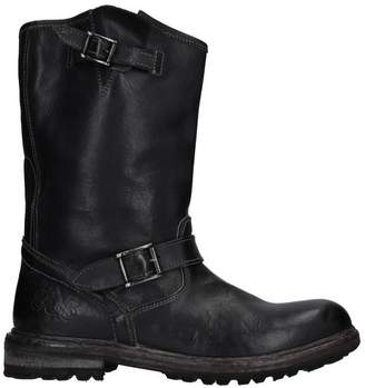 POLICE 883 Boots