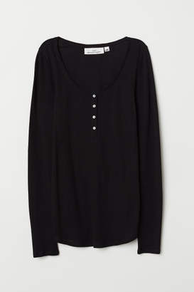 H&M Fitted Henley Top - Black