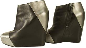 Pierre Balmain Black Leather Ankle boots
