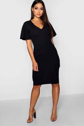 boohoo V Neck Angel Sleeve Midi Dress