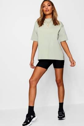 boohoo Louise Oversized Boyfriend T-Shirt