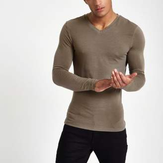 River Island Taupe v neck muscle fit T-shirt