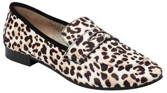 Marc Fisher Chang Penny Loafer (Women)