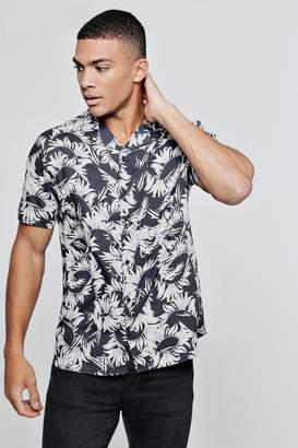 boohoo Dark Leaf Print Viscose Short Sleeve Revere Shirt