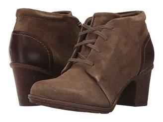 Clarks Sashlin Sue Women's Shoes