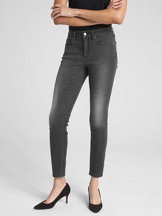 Soft Wear Mid Rise Curvy True Skinny Jeans
