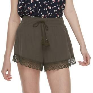 Mudd Juniors' Crochet-Hem Shorts