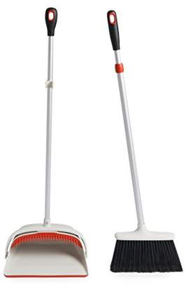 Good Grips OXO Extendable Sweep Set - Multi-Colour
