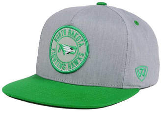 Top of the World North Dakota Fighting Hawks Illin Snapback Cap