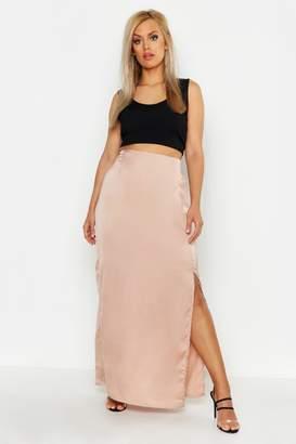 boohoo Plus Satin Extreme Split Maxi Skirt
