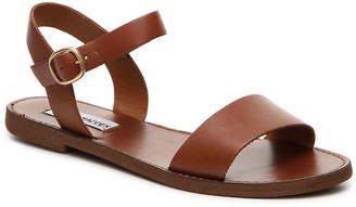 Steve Madden Donddi Flat Sandal - Women's