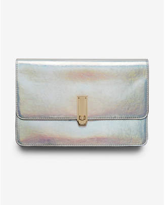 Express holographic turnlock clutch