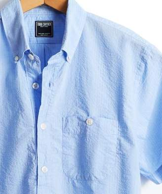Todd Snyder Short Sleeve Seersucker Popover Shirt in Light Blue