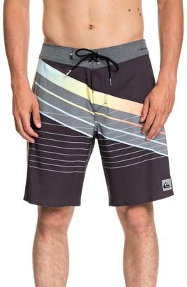 Quiksilver Highline Core Slash Board Shorts