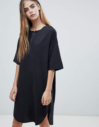 NATIVE YOUTH shift dress with half zip