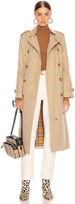 Burberry Heritage Refresh Slim Westminster Trench Jacket in Honey | FWRD