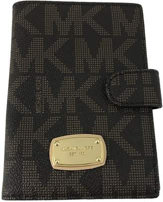 Michael Kors Jet Set Passport Case Holder Signature PVC