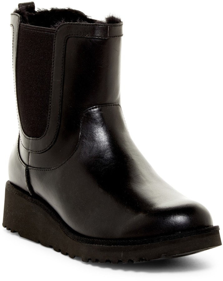 UGGUGG Australia Britt Genuine Shearling Lined Winter Boot