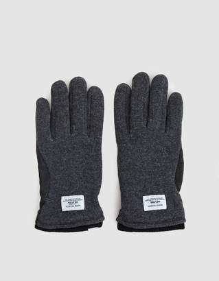 Norse Projects Svante Glove in Charcoal