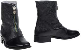 New Kid Ankle boots