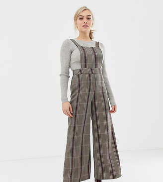 575372575cc2 New Look Petite check jumpsuit in grey