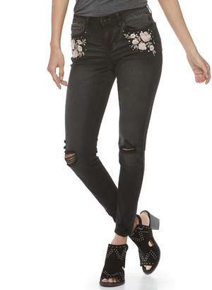 Vanilla Star Juniors' Destructed Floral Embroidered Mid-Rise Skinny Jeans
