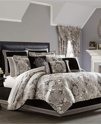 J Queen New York Giuliana Comforter Sets
