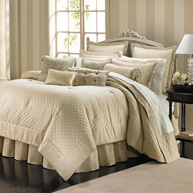 Bed Bath & Beyond Bombay Vivienne Comforter Set