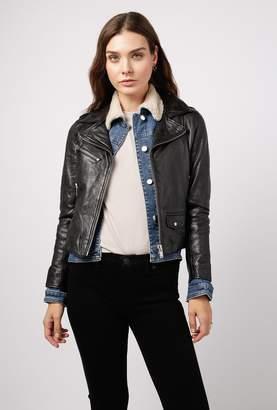 Doma Straight Detachable Hooded Jacket