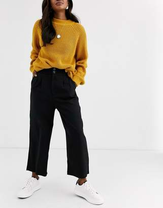 Stradivarius straight cropped pants in black