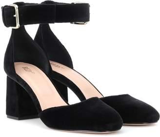 d15d22771e Red (V) RED (V) velvet block heel pumps