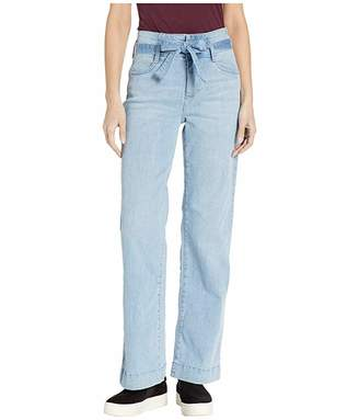 Vince Camuto High-Rise Light Indigo Belted Wide Leg Jeans in Oasis Blue