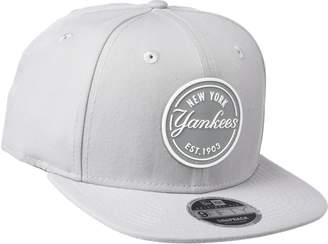 New Era 9Fifty MLB New York Yankees Rubber Emblem Snapback Cap (S-M)