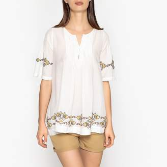 Stella Forest Short-Sleeved Embroidered Flared Top