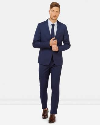 yd. Cahn Skinny Suit