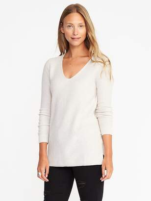 Old Navy Relaxed Textured V-Neck Sweater for Women