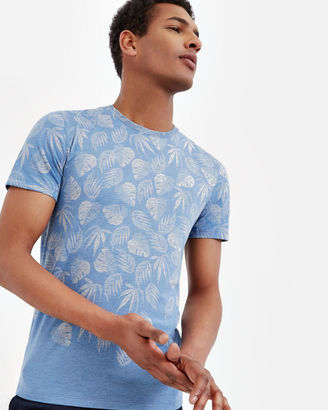Graphic leaf print Tshirt $89 thestylecure.com