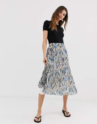 Monki jungle print pleated midi skirt in multi