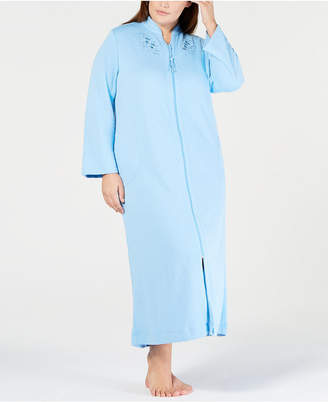 Miss Elaine Plus Size Embroidered Quilt-In Zip Robe