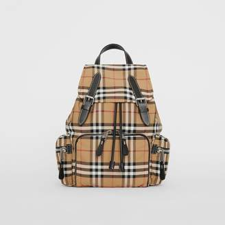 Burberry The Medium Rucksack in Vintage Check Nylon