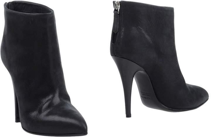 Kalliste Ankle boots - Item 11360783