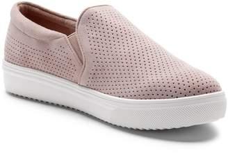 Blondo Gallert Perforated Waterproof Platform Sneaker